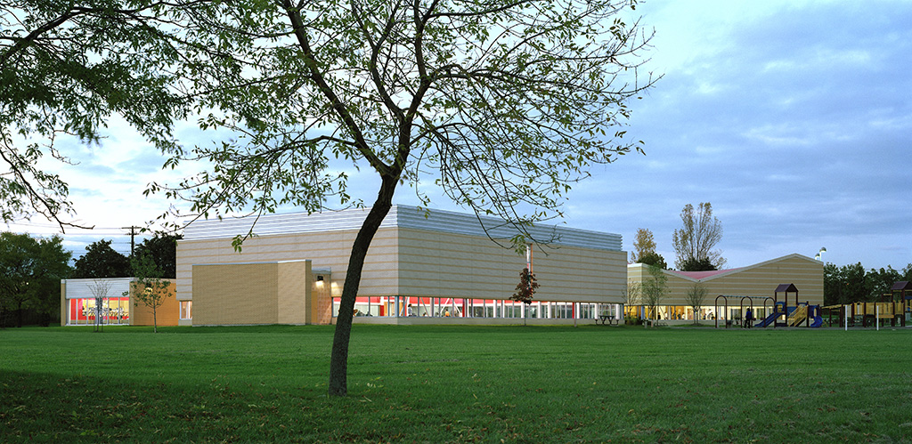 sub-ellesmere-community-centre-exterior-photo